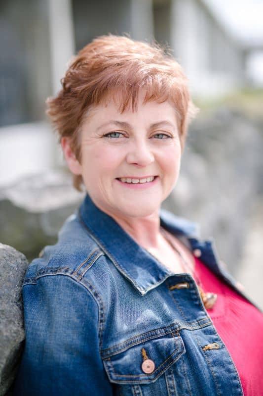 Paula McFarlane